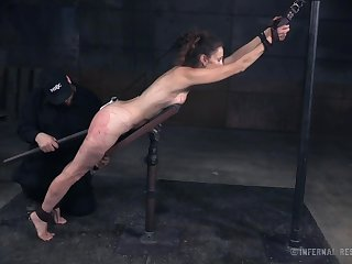 Kinky natural hottie Paintoy Emma is actually made for extremely rough BDSM