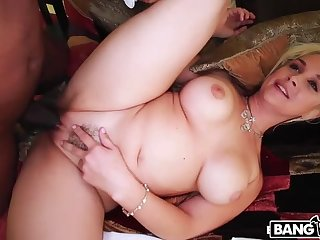 Deep Throat Queen Sarah Vandella Takes Huge Load of shit