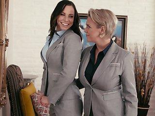 Ardent lesbian sex between Aidra Fox added to Dee Williams on the sofa