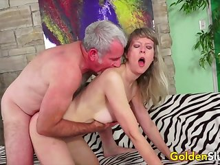 Hot with the addition of sizzling British mature woman enjoy her pussy procurement fucked good with the addition of deep