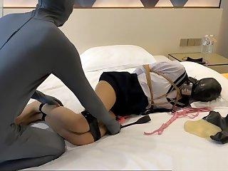 JORI LI JK Seifuku Bondage and Breathplay